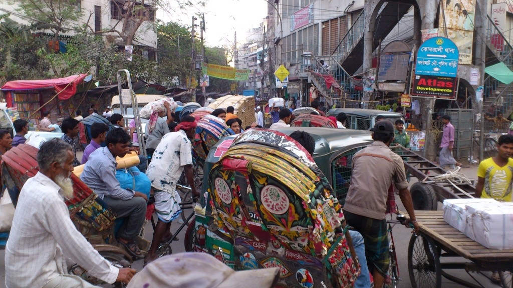 Caos in the city (Dhaka)