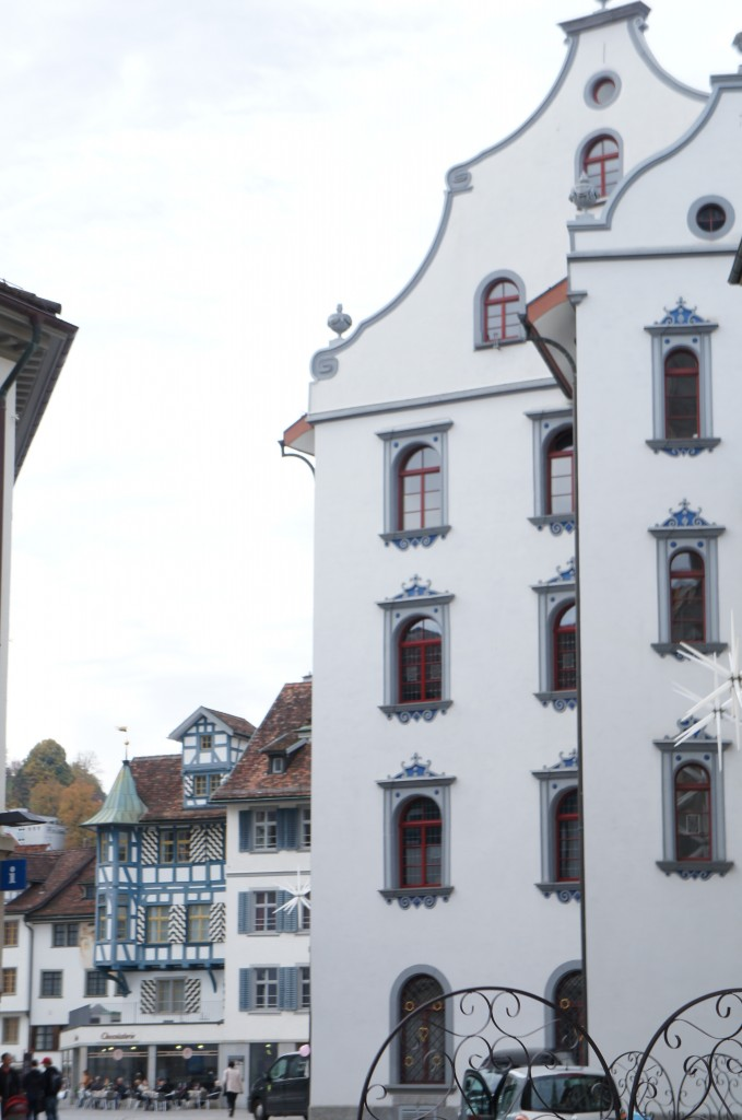 Edificios junto a la abadía