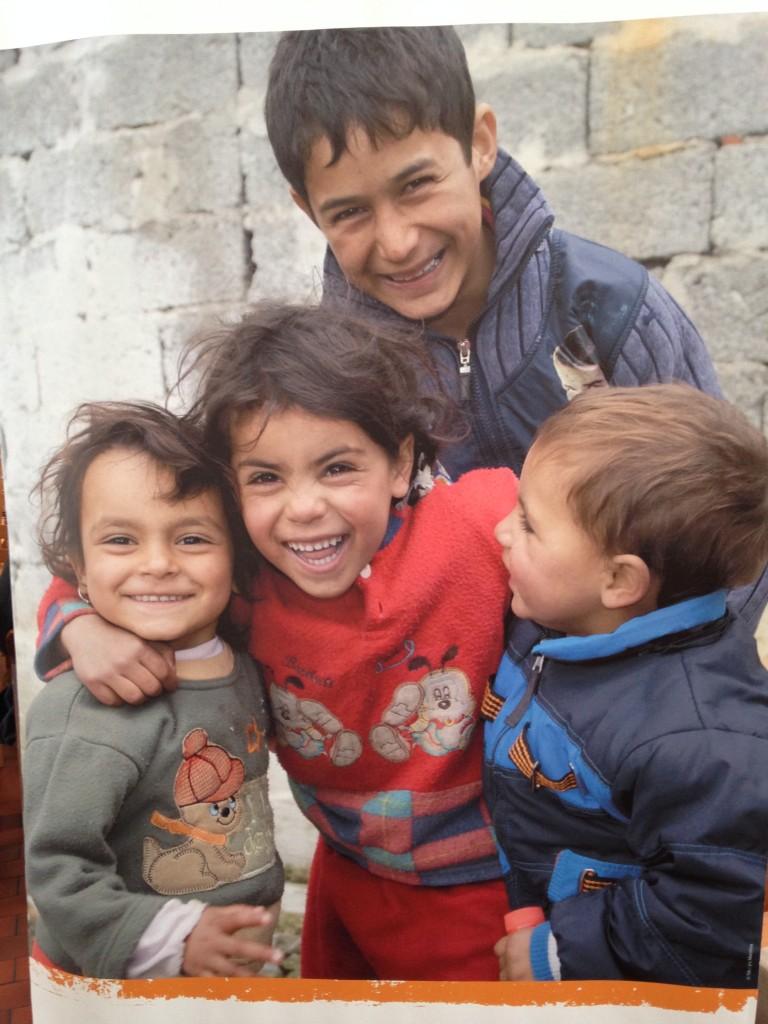 Niños beneficiarios de la fundación Terre des Hommes