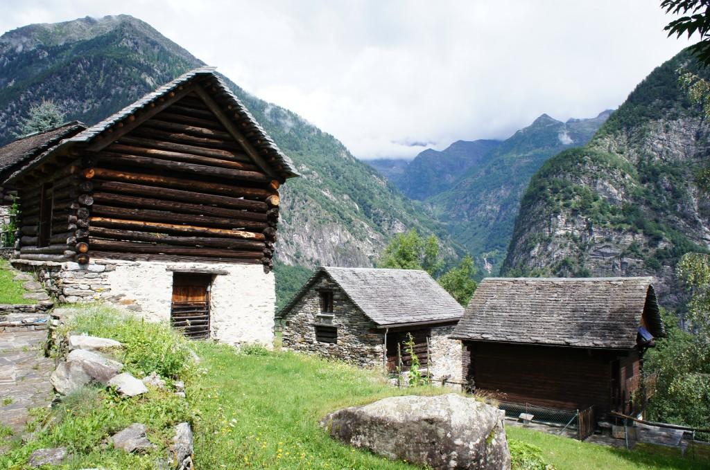 Casas tradicionales del valle Maggia, Ticino