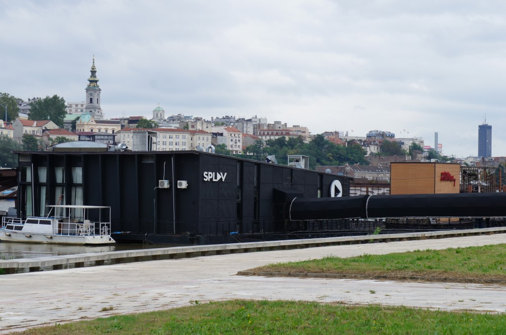 Barco-discoteca, Belgrado