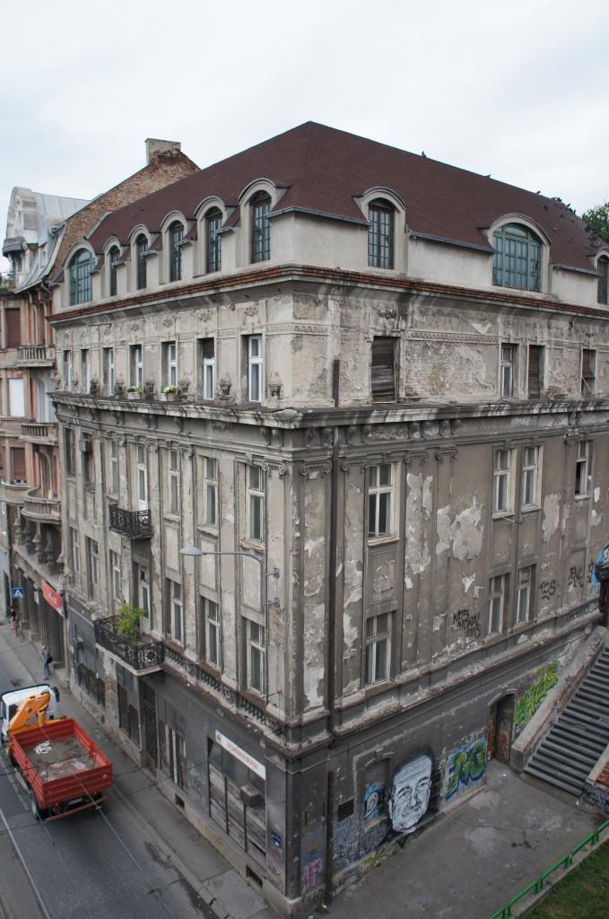 Estado de muchos edificios en Belgrado
