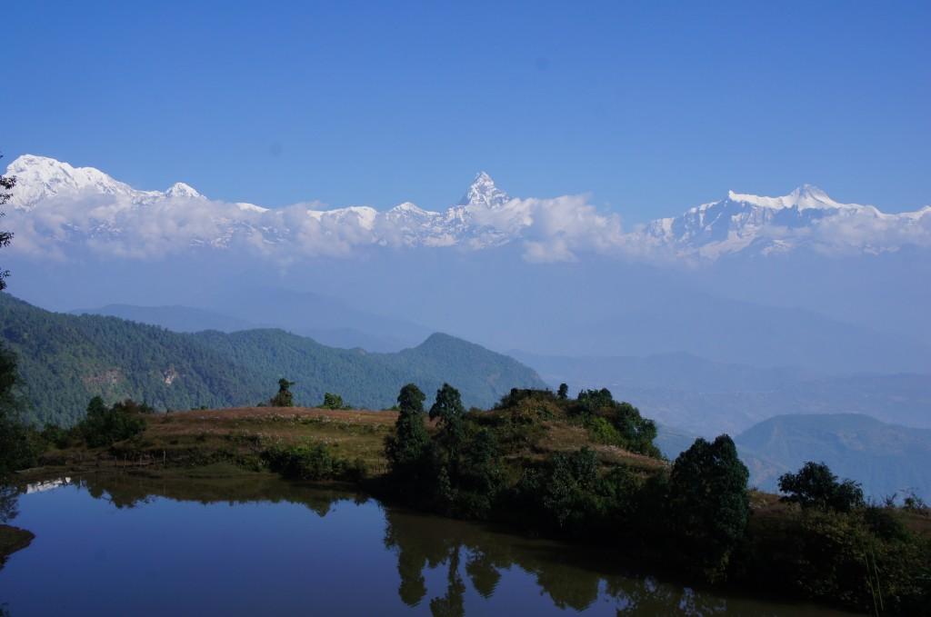 Vistas de los Anapurna (Himalayas) desde uno de los caminos del trek