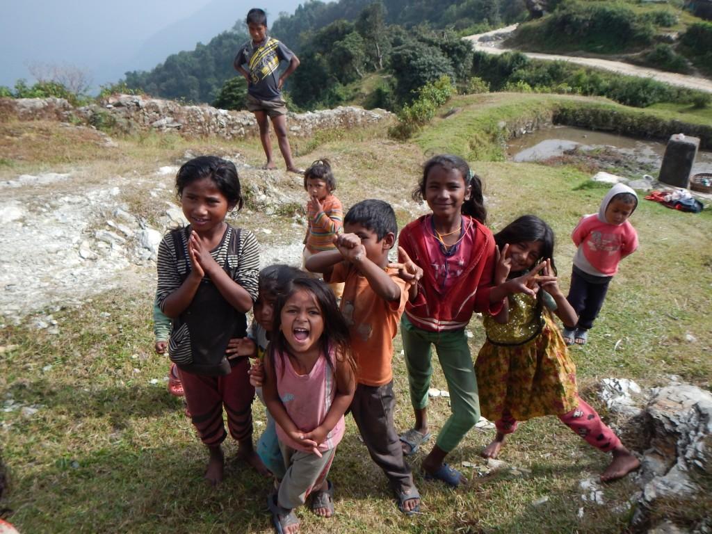 Namastéeeee. Acogida de los niños en pueblos del camino