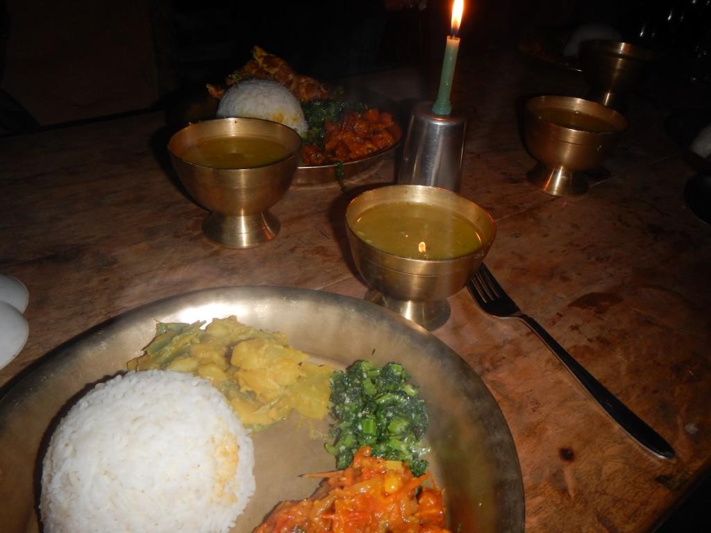 Cenas nepalíes cocinadas con mucho cariño a la luz de las velas